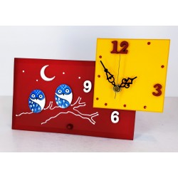 21. Reloj cuadrado con base rectangular de cristal 12x20cm. Búhos azules.